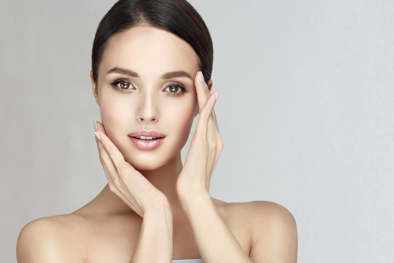 Come eliminare i porri della pelle con rimedi naturali