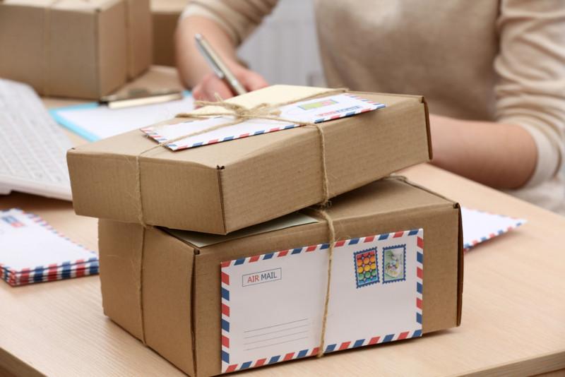 Come preparare e spedire pacchi postali in modo corretto