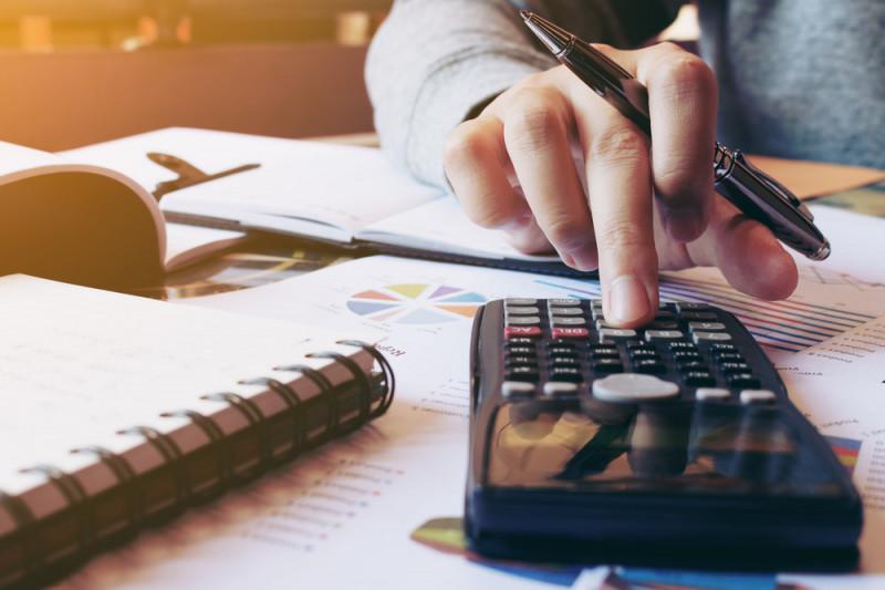 Come scorporare l'IVA da un importo totale