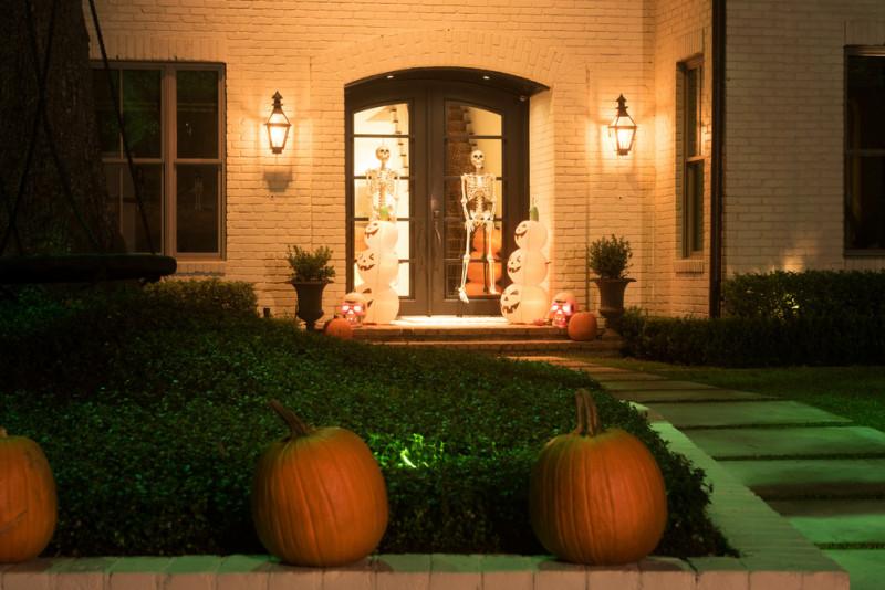 Come decorare l'ingresso per Halloween