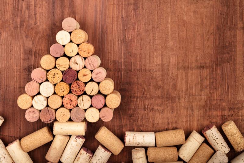 Come fare l'albero di Natale con i tappi di sughero