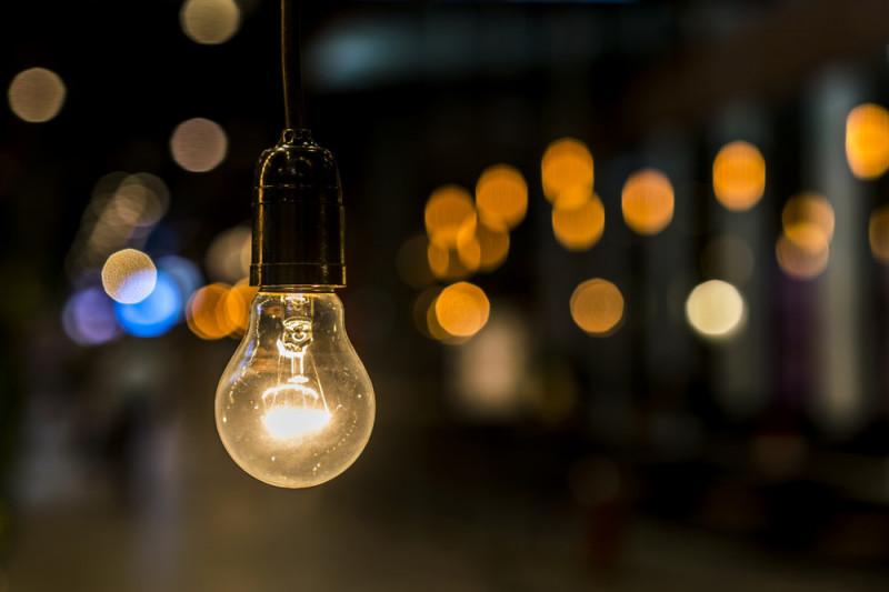 Come collegare una lampadina con un solo interruttore