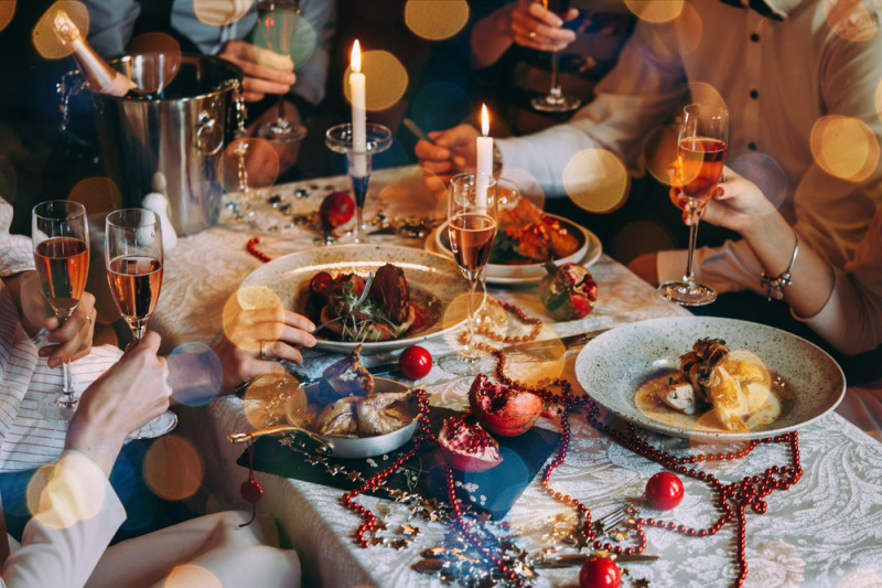 Come addobbare la tavola per il cenone di capodanno