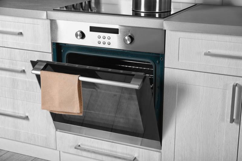 Come montare un forno ad incasso | Fai da Te Mania