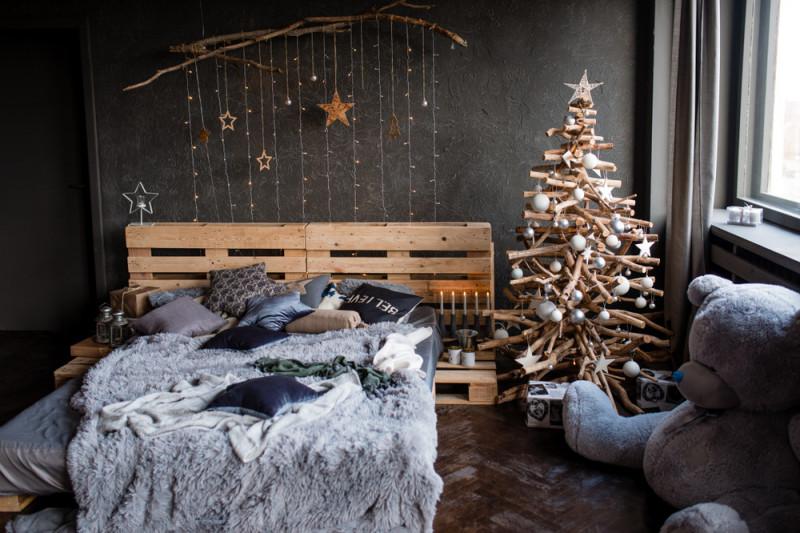 Alberi Di Natale In Legno Addobbati : Come costruire un albero di natale in legno fai da te mania