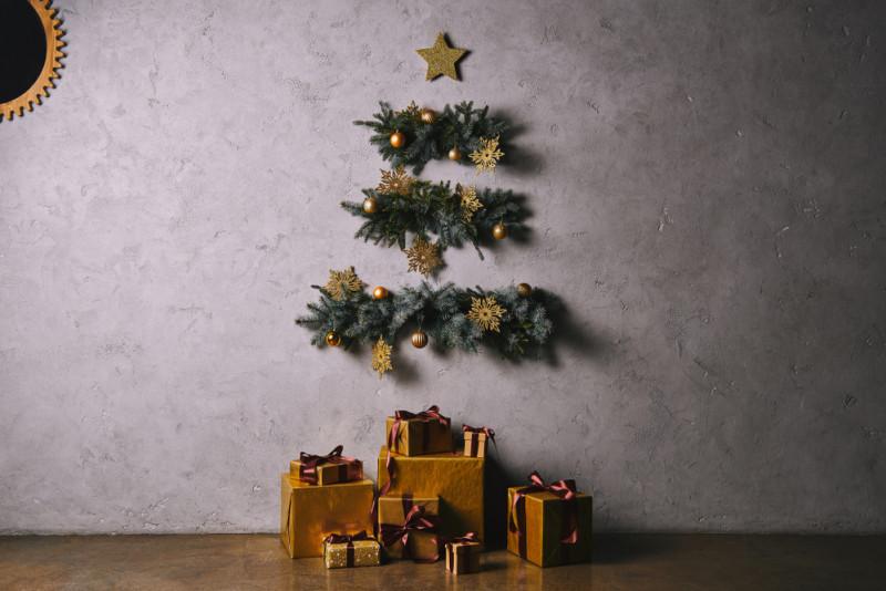 Come realizzare un albero di Natale da parete