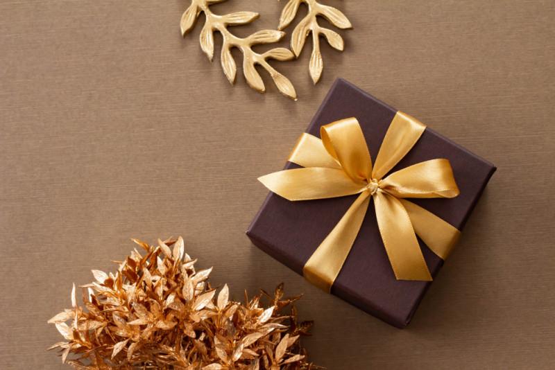 Come scegliere il regalo di Natale per il tuo capo  a6013eb2b85