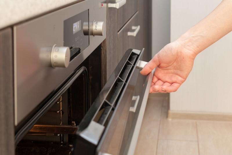 Come sostituire la resistenza del forno elettrico