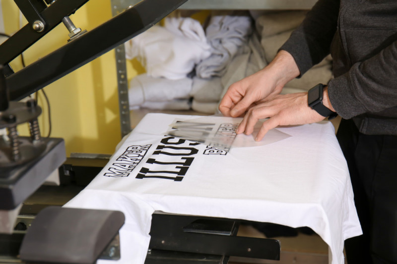 Come stampare su una maglietta