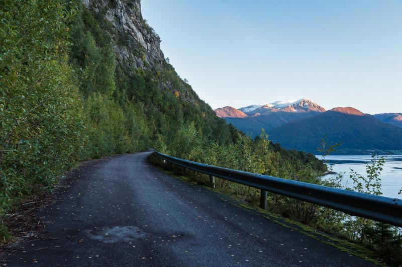 Come guidare sui tornanti di montagna