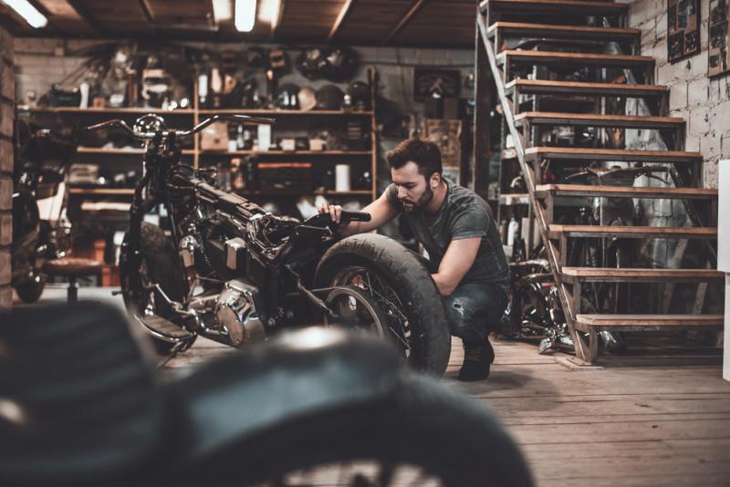 Come far ripartire una moto ferma da tempo