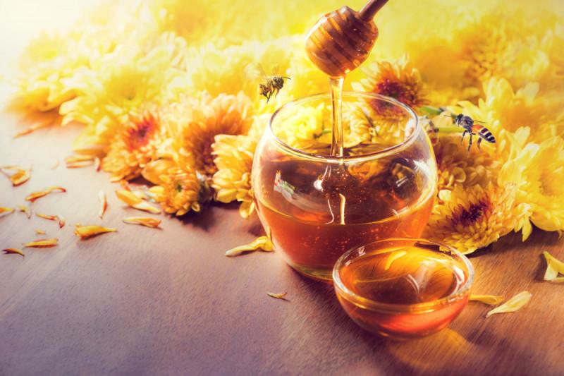 Come conservare le nocciole nel miele