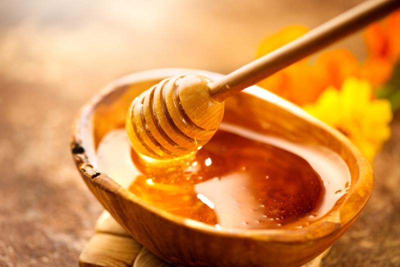 Come sostituire il miele con il malto