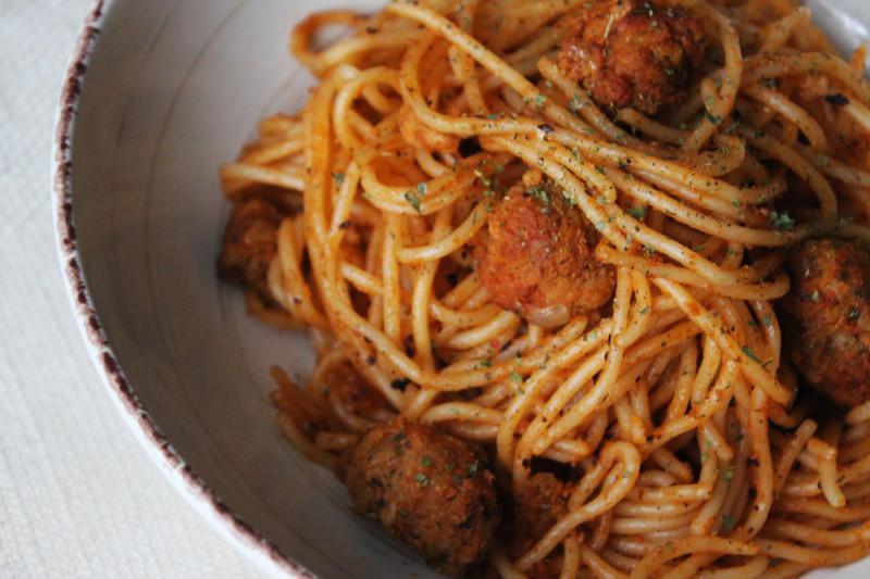5 condimenti per gli spaghetti di soia