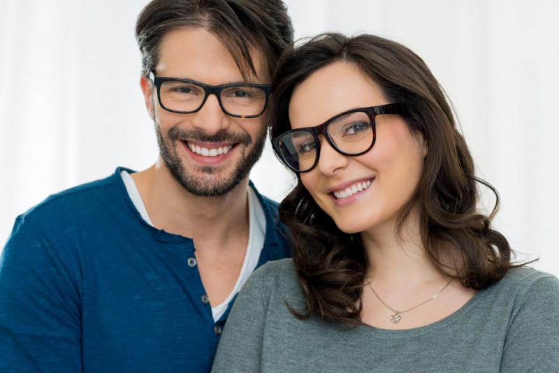 Come riparare l'asta degli occhiali