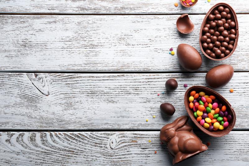 Come inserire una sorpresa nelle uova di Pasqua