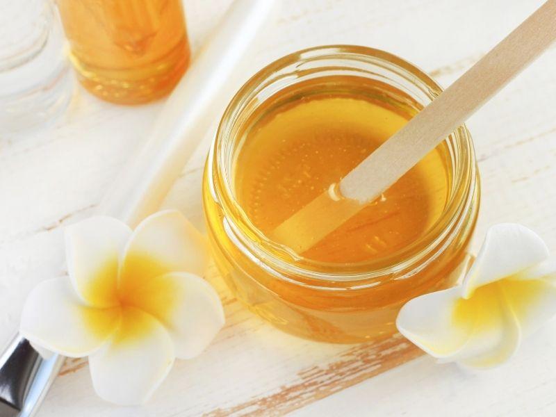 Come realizzare una maschera al miele
