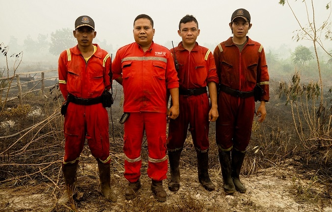 Local Firefighters  Photo By Borneo Nature Foundation