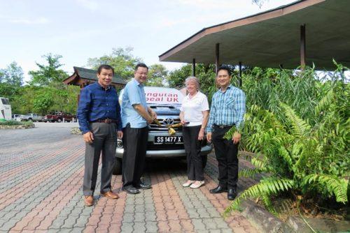 Datuk James Wong, Datuk Pang, Sue & William Baya