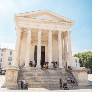 NIMES, 고대 로마로 떠나는 여행