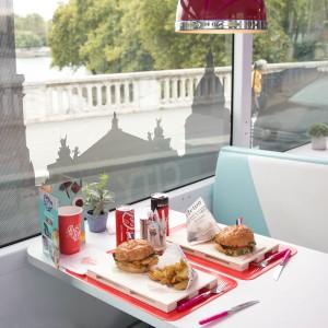 巴黎觀光巴士餐廳 Bus Burger