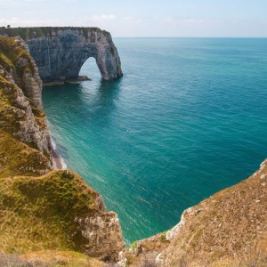 Day Trip to Etretat : to the white chalk cliffs and natural arches of Étretat in Normandy
