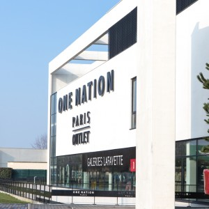 Authentic French outlet: ONE NATION