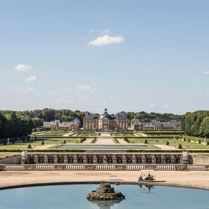 CHÂTEAU DE VAUX-LE-VICOMTE : ヴォ―・ル・ヴィコント、ヴェルサイユ宮殿のモデルになった城