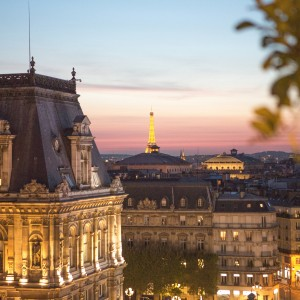 Le Perchoir Marais : Rooftop Bar, Night View of Paris