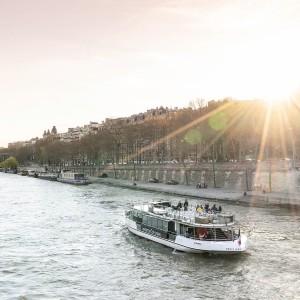 VEDETTES DE PARIS 巴黎觀光船