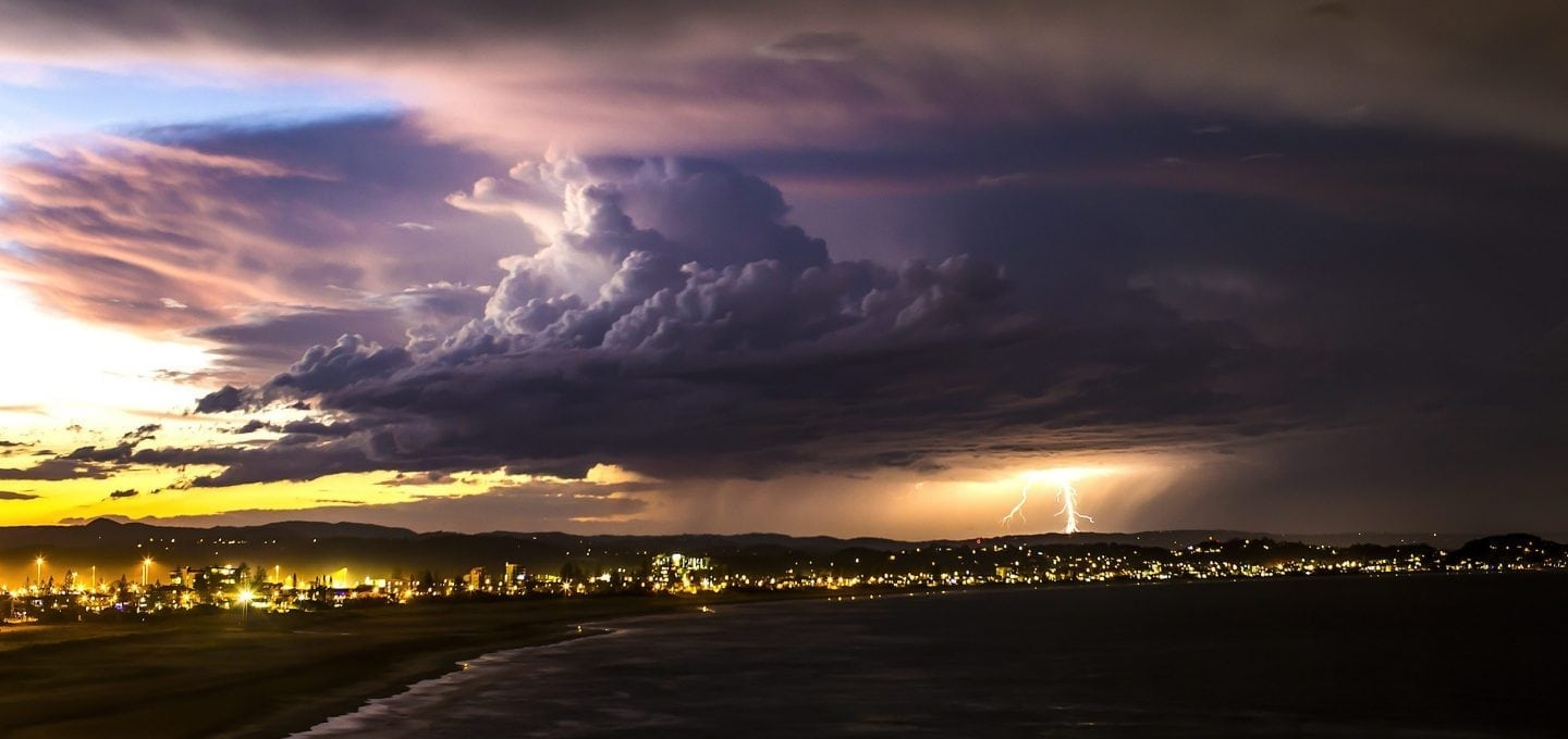 ocean-storm-thunder-lightning-photography