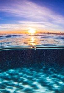 sunrise-still-ocean-underwater-photography