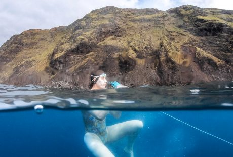 Sarah-ferguson-plastic-ocean-swim-easter-island