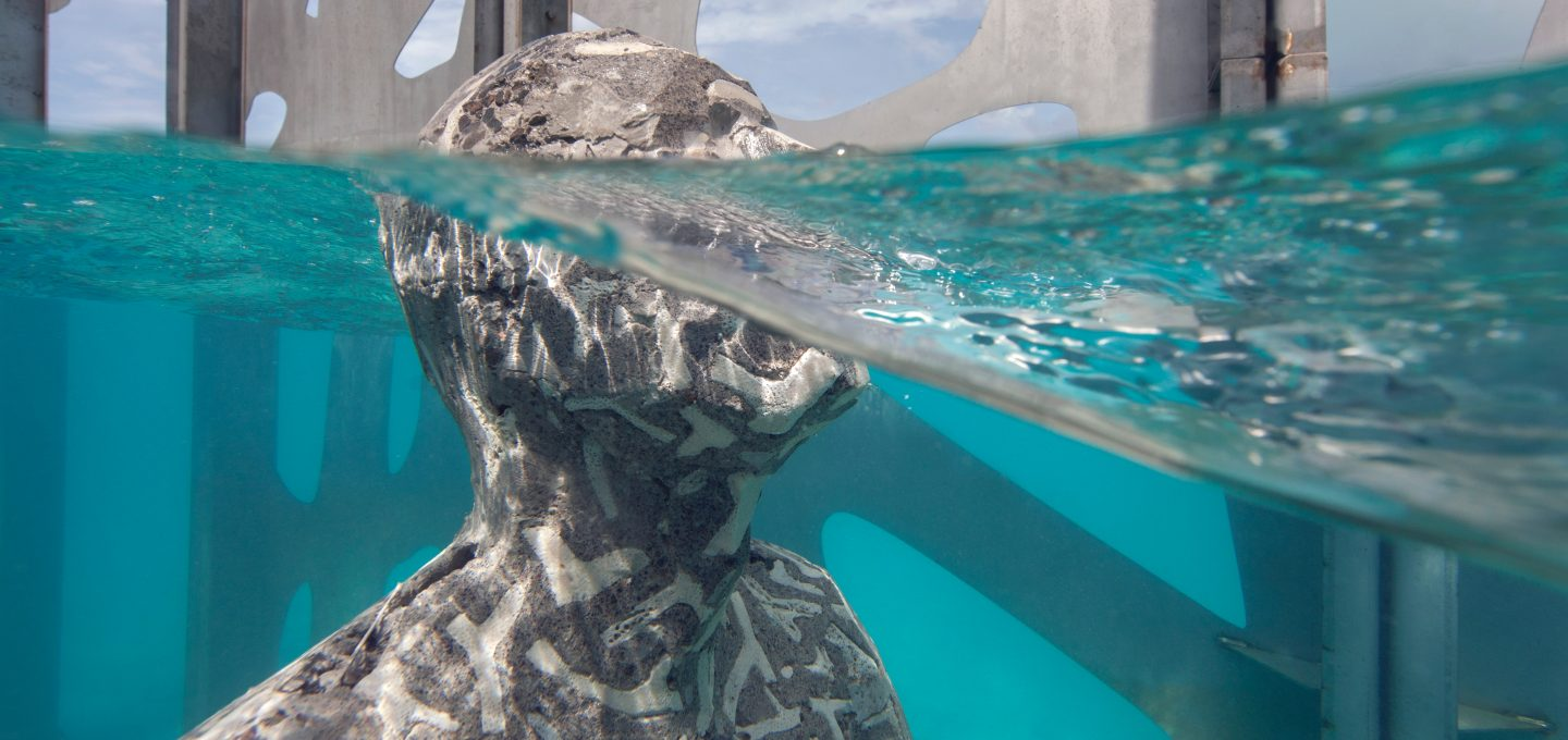 coralarium-jason-decairnes-taylor-maldives-cat-vinton-underwater-sculpture