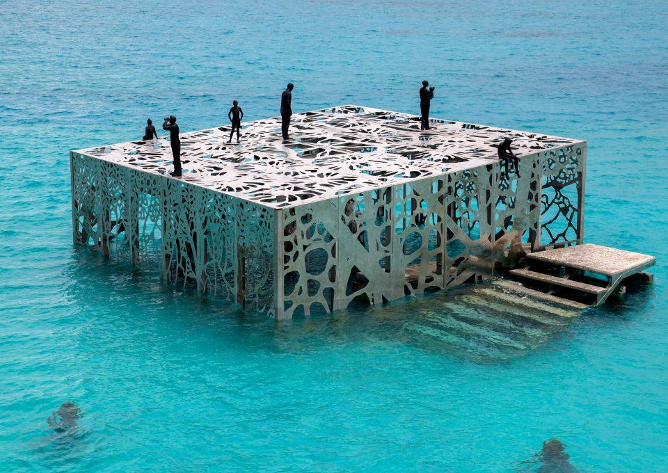 coralarium-jason-decairnes-taylor-maldives-cat-vinton-birdseye-photography-ocean