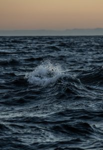 ocean-wave-surf-science-patagonia-expedition-plastic-oceans-photography