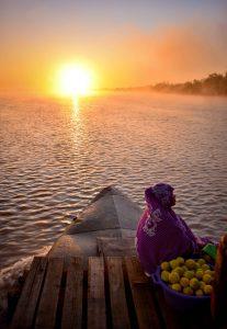 fisher-madagascar-ocean-conservation-coastal-communities