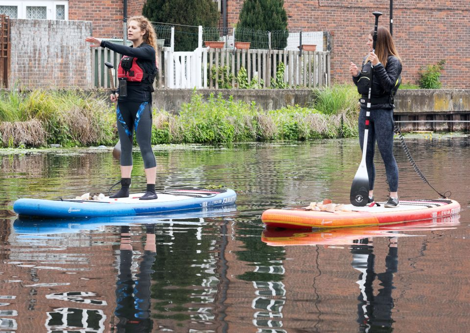 Lizzie-carr-plastic-patrol-paddleboarding