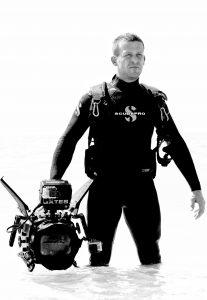 Andy-Casagrande-shark-week-sharks-conservation-filmographer