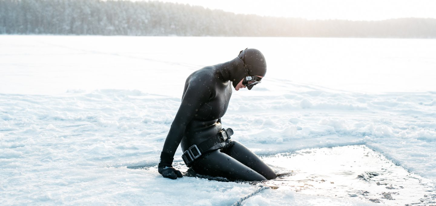 ice-freediving-freediver-finland-johanna-nordblad-breathe