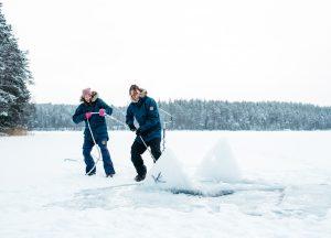 ice-freediving-freediver-finland-johanna-nordblad-lake