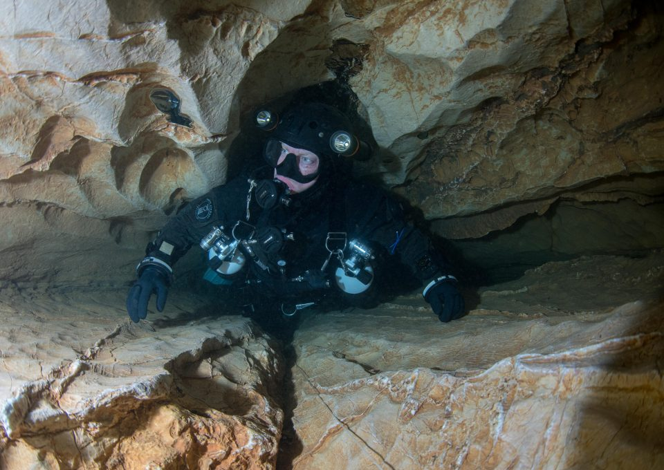 Andy-torbet-adventure-cave-diving