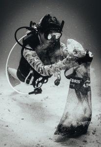 BARBADOS-OCEAN-CLEAN-UP-carlisle-bay