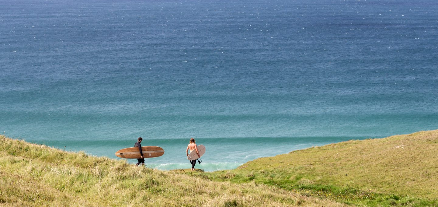 Otter-Surfboards-Summer-clifftop-surf-check
