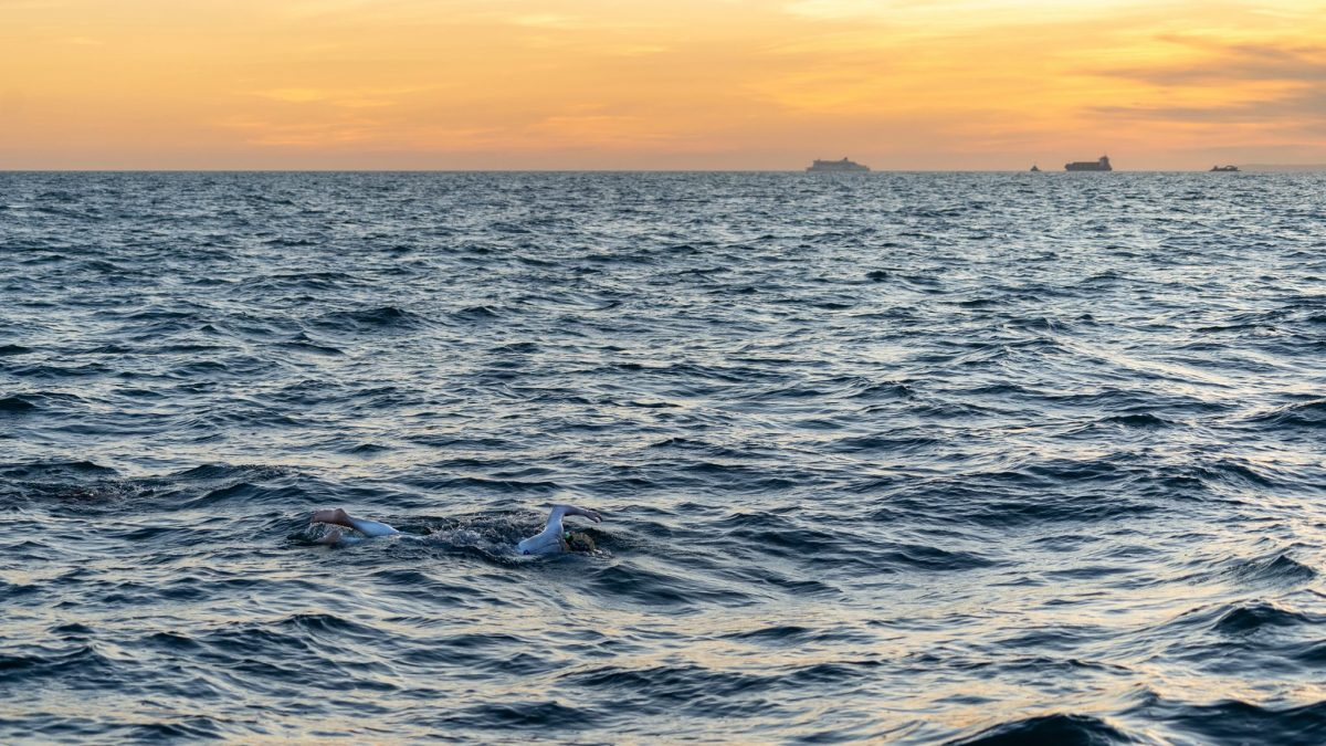 Sarah Thomas endurance Swimmer English Channel Swim