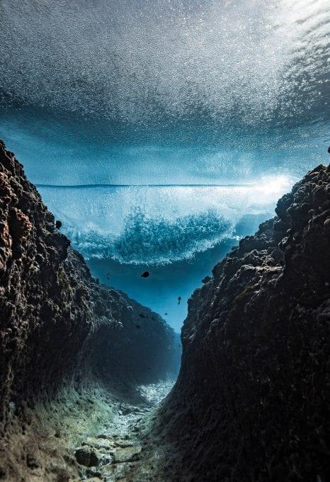Ben Thouard ocean photography wave photograph Tahiti underwater