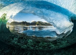 Ben Thouard ocean photography wave photograph Tahiti
