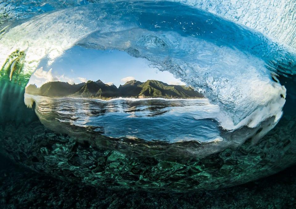 Ben Thouard ocean photography wave photograph Tahiti