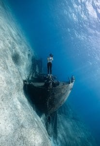 the bahamas andre musgrove underwater photographer wreck