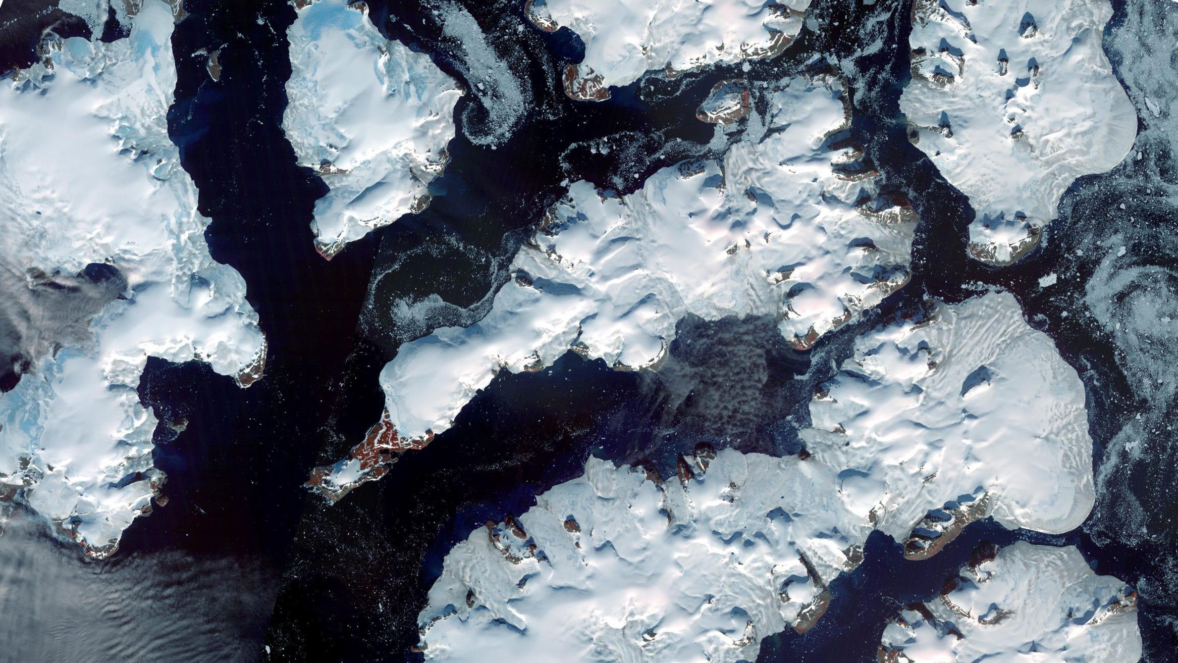 melting glaciers russian arctic Franz Josef Land